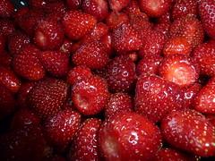 Strawberry Macro (microwavedboy) Tags: liz macro garden strawberries organic quentin