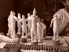 Bonecos papel mache (fabriciabarcelos) Tags: artesanato fah bonecos papelmache sãojoãodelrei ôsô