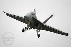McChord Practice 486 (fight2flyphoto) Tags: fighter navy landing rhino hornet usn superhornet fa18f highspeedpass