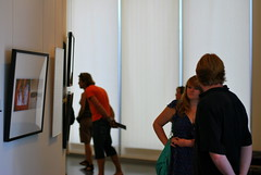 Viewing a Photography Exhibit (freeloosedirt) Tags: light art photography perfect softlight prettywoman photographyexhibit annenbergspaceforphotography