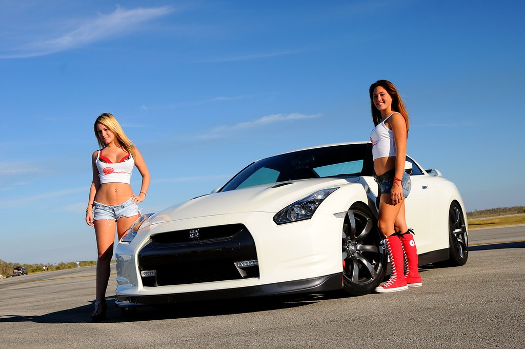 gtr with hot girls picture thread - gt-r media - gt-r life