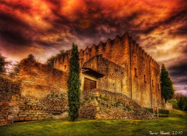 Castell de Montesquiu2