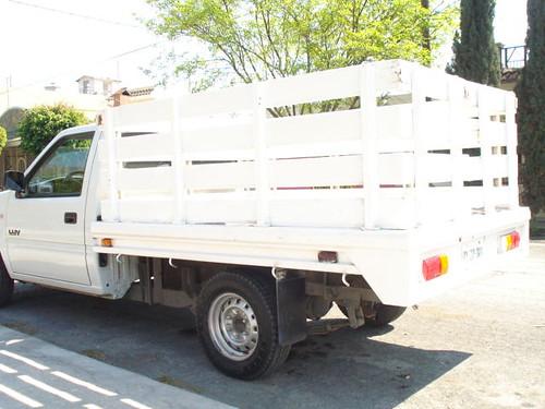 Camioneta Estaquitas 2004 robada en Cancun