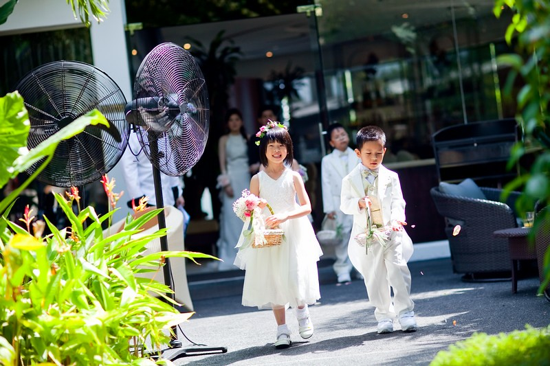 Raymond Phang Photography - flower girl and page boy