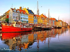 #Copenhagen #Denmark #Luis Casado Bermejo #Luis Montenegro : Harbour Reflections (Luis Casado Bermejo (Luis Montenegro)) Tags: pictures trip travel viaje vacation holiday tourism port copenhagen denmark nyhavn europa europe ship photos harbour olympus images fotos danish kanal scandinavia oldport turismo dnemark danmark kopenhagen dinamarca kbenhavn copenague danemark copenhague copenaghen danimarca escandinavia copenhaguen allxpressus theunforgettablepictures kovengan luismontenegro luiscasadobermejo