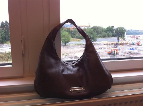 7: Väskan