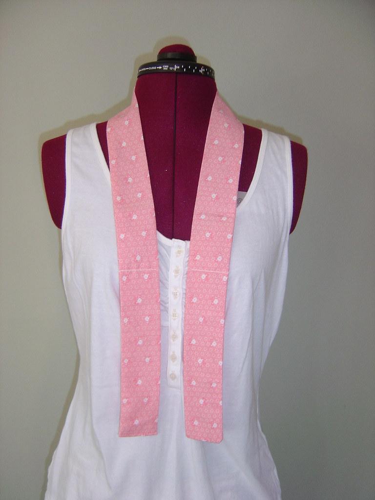 Pink Floral Print Neck Cooler