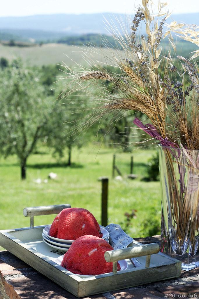 Tuscan zuccotto