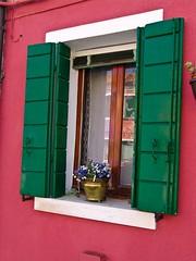 otra ventana ... (espe casanoves) Tags: ventana italia retrato burano
