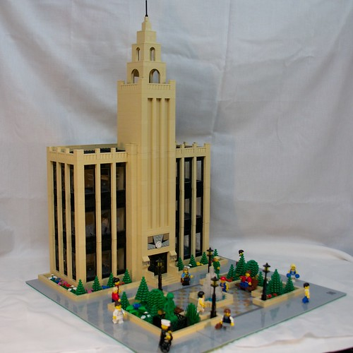 New/Improved Buildings for BrickFair 4861765694_3d8f10ef6f_d