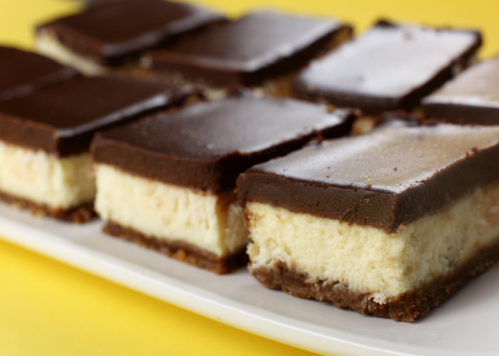 Cheesecake Bars – bakerella.com