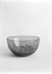 Cereal (perminna) Tags: blackandwhite food 120 film monochrome mediumformat still 645 dish iso400 cereal bowl 11 d76 minimalism analogphotography productshot 1000s extensiontube homedeveloped kodaktrix400 80mmf28 mamiyam645 tabletopstudio epsonv700 22c 85min mamiyasekorc