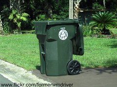 Oviedo City Garbage Cart (FormerWMDriver) Tags: city trash out garbage florida can bin collection container gal rubbish roll fl waste cart refuse oviedo 95 ssi 90 sanitation 96 gallon schaefer rollout