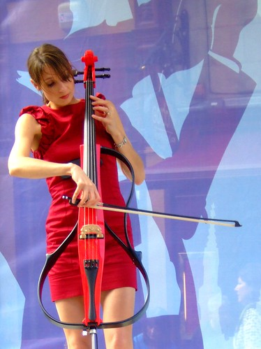 Fringe 2010 - Red Cello 04