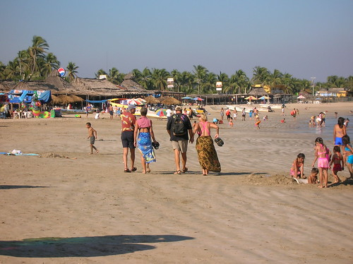 Tenacatita Bay beach and restaurants