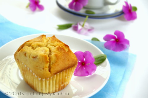 Yogurt Peach Muffin