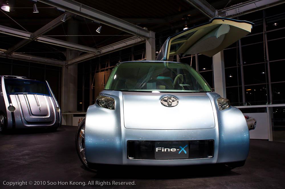 Toyota Fine-X (concept car) @ Mega Web, Odaiba, Tokyo, Japan