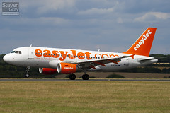 G-EZBC - 2866 - Easyjet - Airbus A319-111 - Luton - 100811 - Steven Gray - IMG_1293