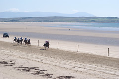 Racing to the finish on Doolough Strand (Frank Fullard) Tags: street horse beach festival strand race candid racing mayo achill doolough erris belmullet fullard geesala frankfullard