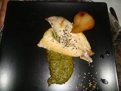 Pargo al pesto de Idiazabal con cebolleta fresca agridulce