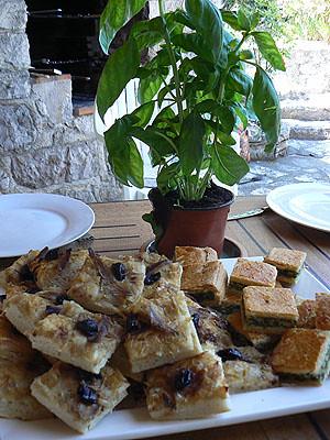 pissaladières et tourtes aux blettes.jpg