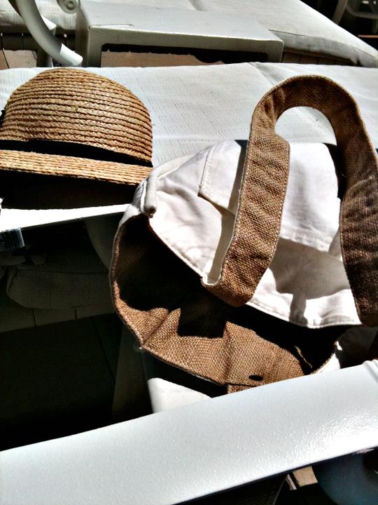 hat+bag