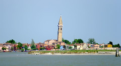 El campanar tort / The tilted bell tower (SBA73) Tags: old blue venice italy tower water azul agua wasser italia lagoon belltower campanile venetian laguna blau tilt venise venecia venezia azzurro venedig aigua tilted campanario burano tilting veneto campanar serenissima llacuna venècia mywinners inclinat venezsia mygearandme ヴェネツィ