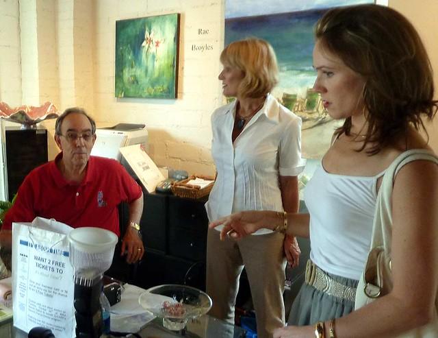 P1030566-2010-08-21-Anne-Irwin-Fine-Art-Suzanne-Economopoulos-KATHRYN-TROTTER