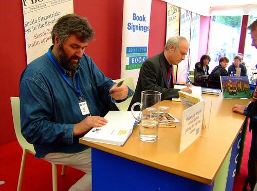 Edinburgh Book Festival 2010 - Steve Bell & Martin Rowson 06