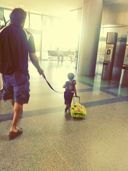 daddy & cedar at the airport