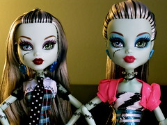 Red and Pink lips (loomy_59) Tags: monster dawn dance high doll frankie stein mattel dawnofthedance