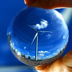 Facing the wind / Crystal Ball