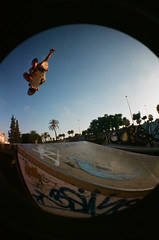 02220020 (danielfh) Tags: jump ramp skating spot skatepark skate skateboard quarter skater grind malaga grinder secretspot sk8 rampa sk8r skt saltar skatin torredelmar sk8park velezmalaga grindar newspot cuarter skatemalaga skatevelezmalaga skatetorredelmar