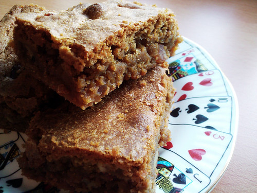 Fudgey Bacon and Pecan Blondies - The Inky Kitchen