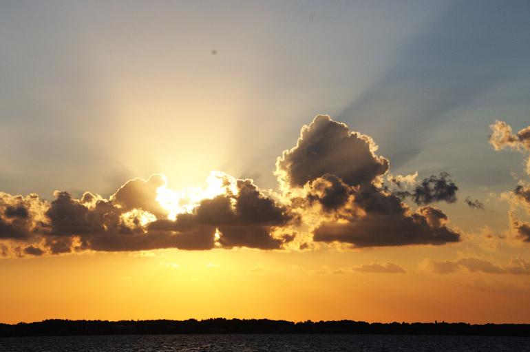 web_sunsetearl_horizonshine_0228_2888
