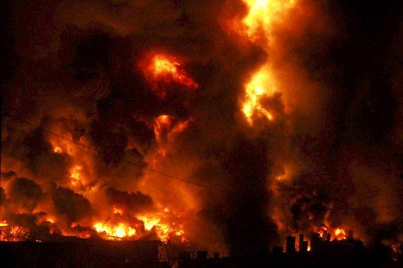 incendio nos armazéns da Continental Mabor...