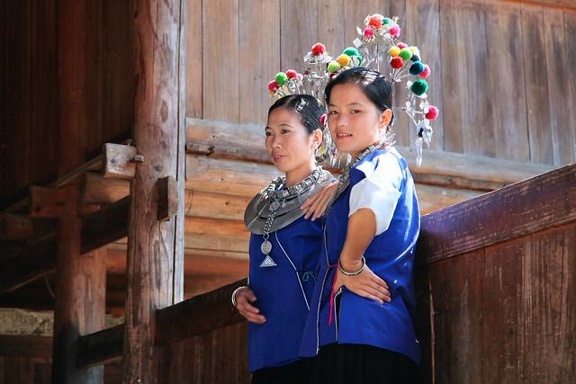 Girls in Chengyang, Guangxi, China