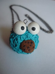 Monstro das bolachas (kutchikutchi) Tags: necklace fimo clay colar polymer