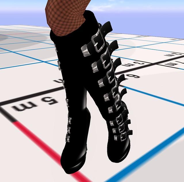 55L Candymetal latex boots