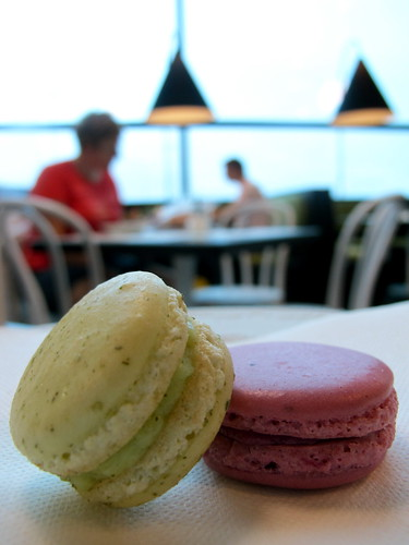 Yuzu and cassis macarons