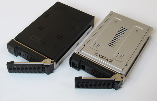 ReadyNAS Ultra 2: HDD tray