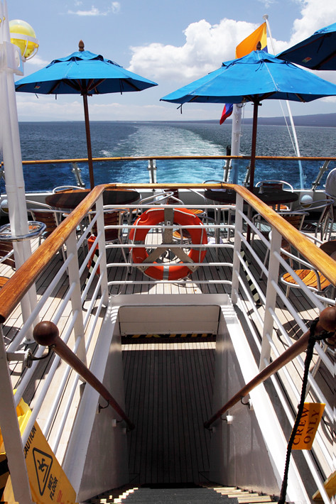 012911_boat02