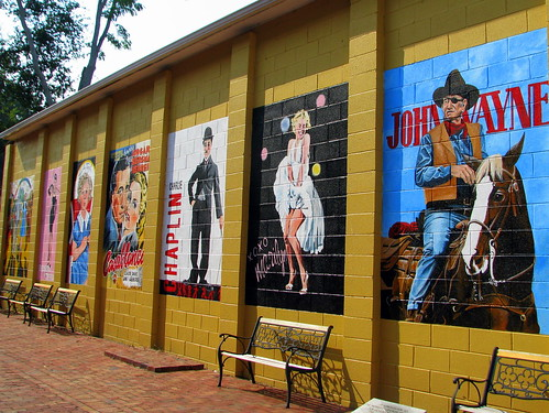 The movie murals of the Lyric Theater
