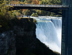 American Falls (Rekha Prasad) Tags: ca bridge canada us waterfall buffalo niagara niagra rainbowbridge watchtower americanfalls skylontower on