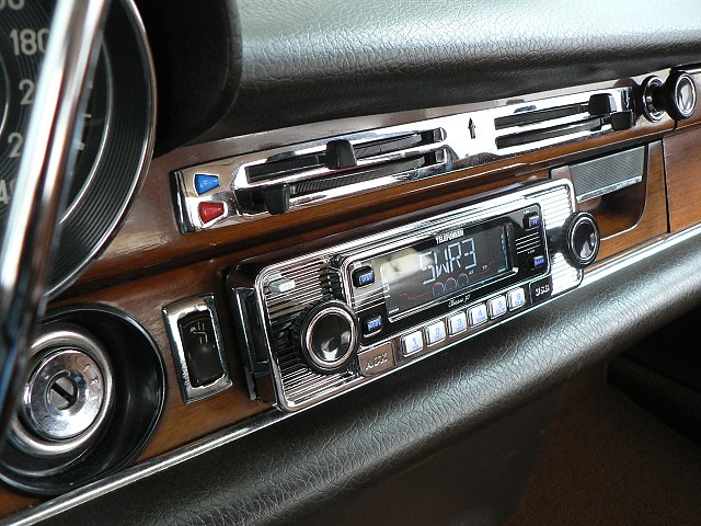 Bernd's radio we replaced by RetroSound®, on Flickr