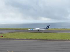 Bombardier Dash 8 approaching Horta 170616_015 (jimcnb) Tags: 2017 juni urlaub azoren azores açores faial horta airport castelobranco cstrg bombardier dash 8 sata