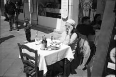 Tired (Franco & Lia) Tags: street photographiederue fotografiadistrada venezia venice veneto biancoenero noiretblanc blackandwhite analog film pellicola analogico ilford fp4 bellini hydrofen studional nikon l35af2 epson v500