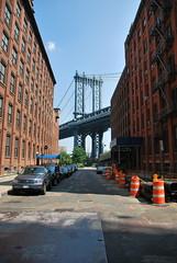 Manhattan Bridge Upright (thoth1618) Tags: park york city nyc newyorkcity bridge history brooklyn waterfront historian dumbo brooklynheights manhattanbridge gothamist brooklynny brooklynbridgepark parknew parkbrooklyn paulrush brooklynusa walkingtheworkingwaterfront historianpaulrush