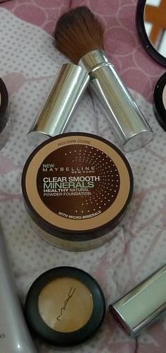 make-up concealer