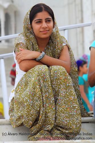 Mujer sikh